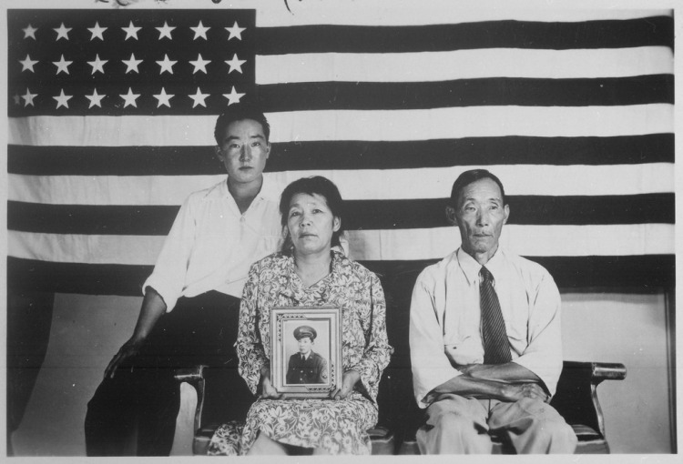 lossy-page1-1024px-the_hirano_family_left_to_right_george_hisa_and_yasbei-_colorado_river_relocation_center_poston_arizona-_1942-_-_nara_-_535989-tif