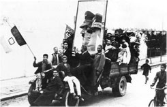 supporters_of_hitler_and_mussolini_in_libya_1943