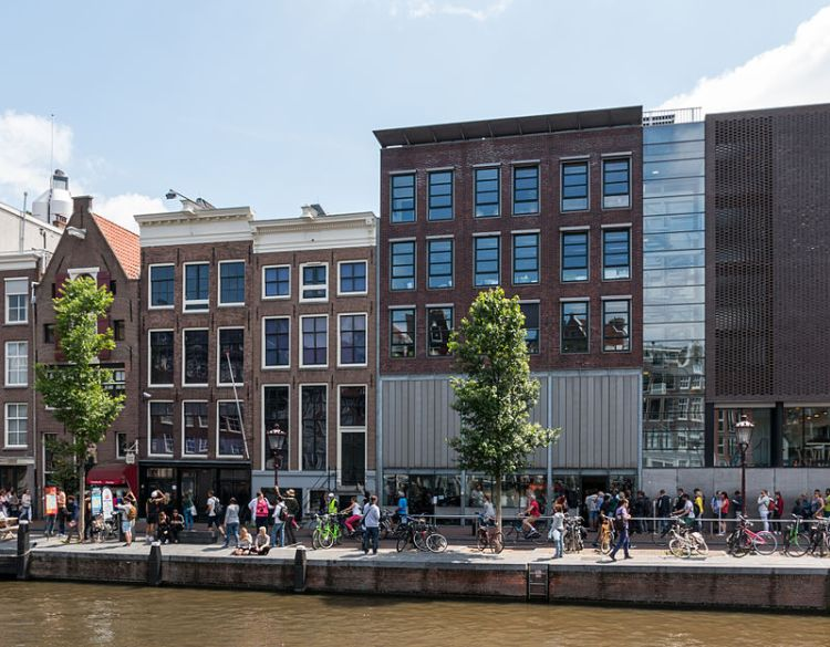 amsterdam_nl_anne-frank-huis_-_2015_-_7185