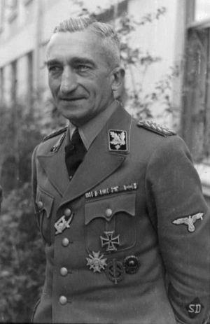 Bundesarchiv_Bild_101III-Alber-096-34,_Arthur_Nebe