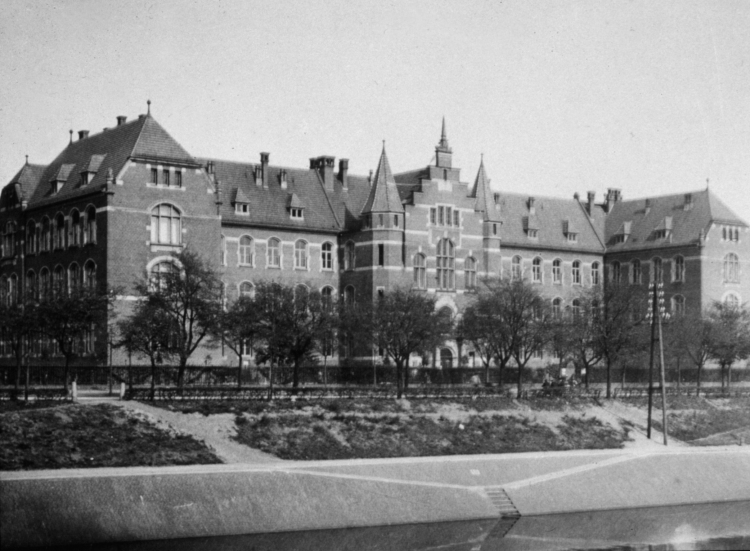 Robert Koch-Institut, 1900