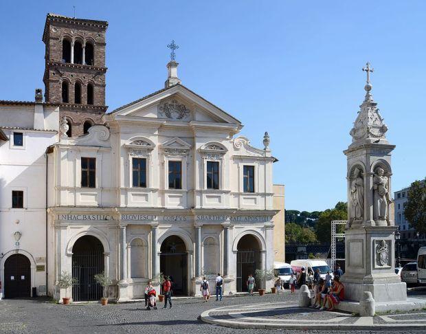 San_Bartolomeo_all'isola_September_2015-1