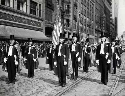 st-patricks-day-parade-cleveland-1940jpg-98a940b5cf5eb95a_large