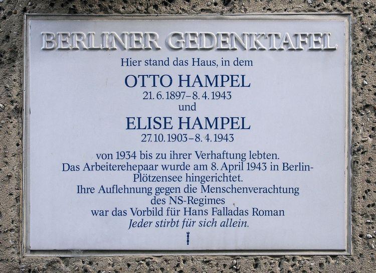 1280px-Gedenktafel_Amsterdamer_Str_10_(Wedd)_Elise_und_Otto_Hampel