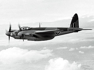 300px-De_Havilland_DH-98_Mosquito_ExCC