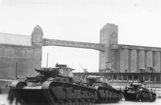 Norwegen, Oslo, Deutsche Panzer im Hafen