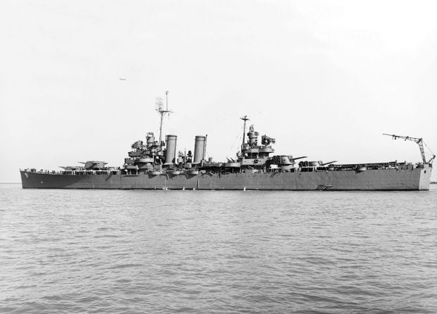 USS_Nashville_(CL-43)_off_the_Mare_Island_Naval_Shipyard_on_4_August_1943