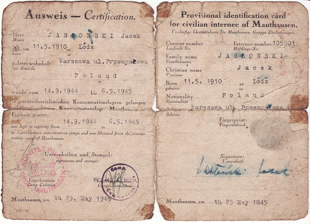 1024px-Mauthausen_Ausweis_from_WWII_-_front