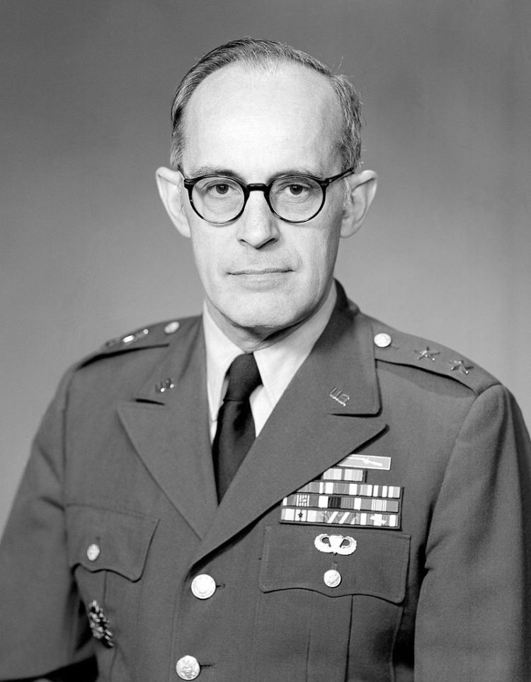 800px-Major_General_William_Odom,_official_military_photo,_1983