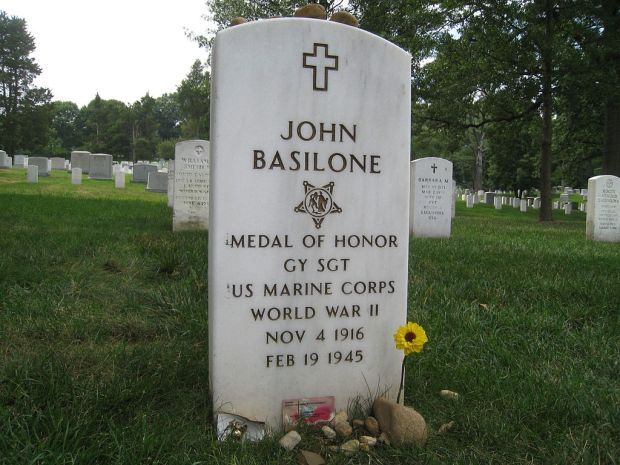 1024px-John_Basilone_headstone_Arlington_National_Cemetery_section_12_site_384