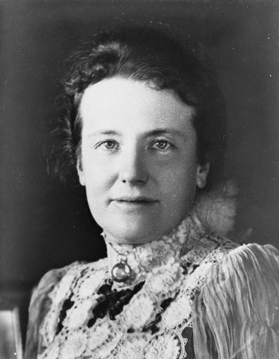 800px-Edith_Kermit_Carow_Roosevelt_1900-1910
