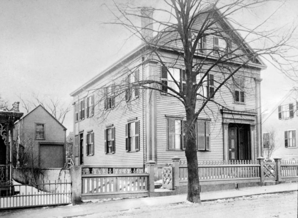 Borden_House_92_Second_St_Fall_River_Massachusetts_1892.jpg