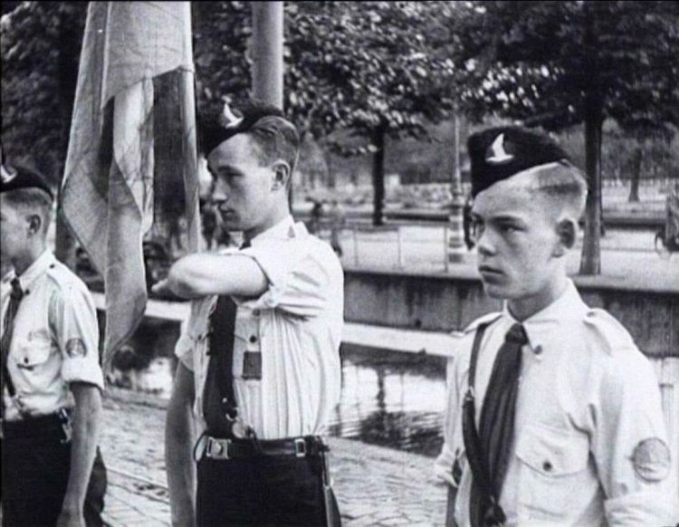 """Jeugdstorm"" boys with Standart Flag"