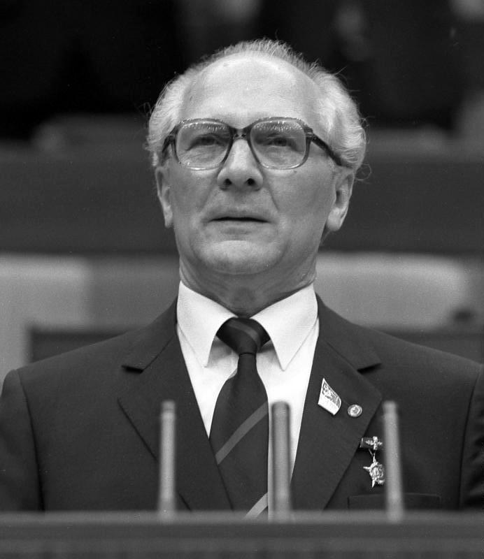 Berlin, XI. SED-Parteitag, Erich Honecker