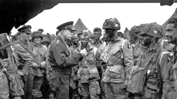 la-fg-d-day-normandy-invasion-france-pictures-031