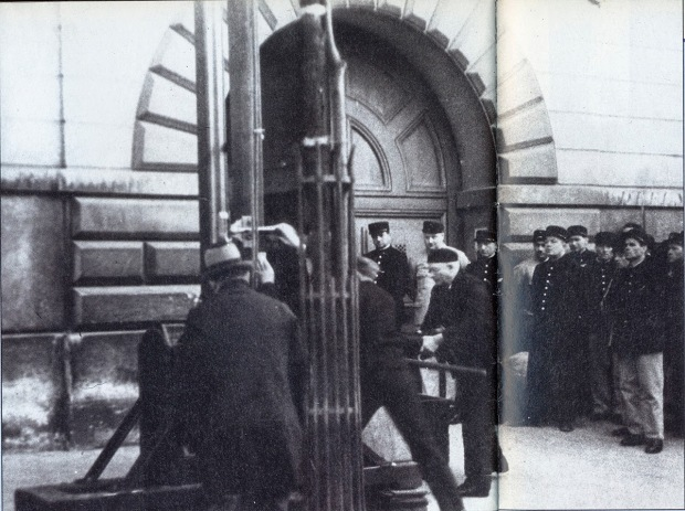 Last public execution by guillotine, France, 1939 4