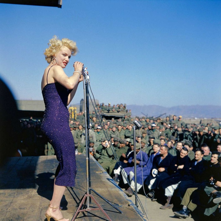 marilyn_monroe_korea (9)