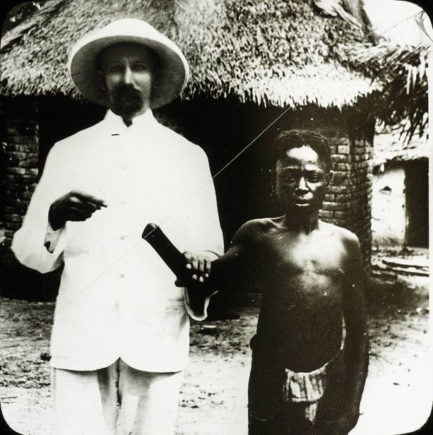 Victim_of_Congo_atrocities,_Congo,_ca._1890-1910_(IMP-CSCNWW33-OS10-19)