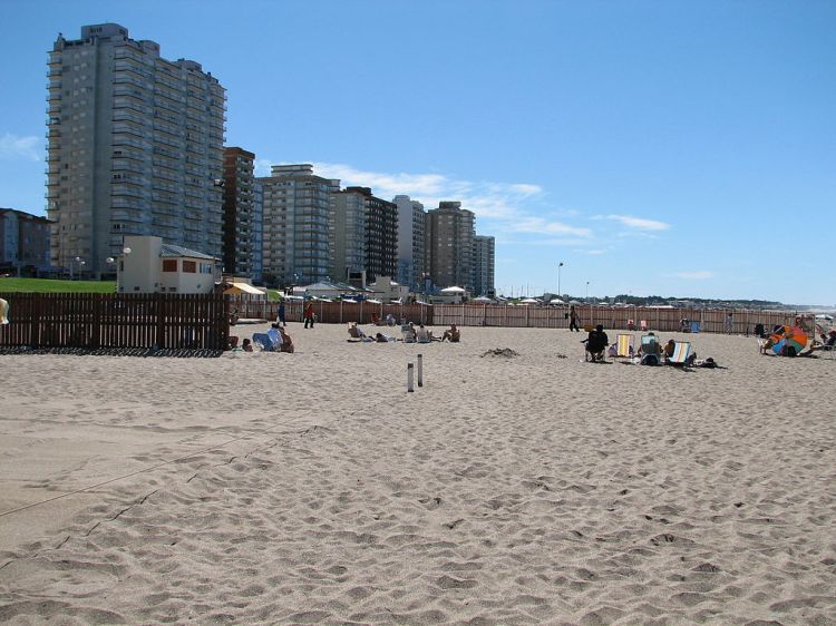 1024px-Miramar_view_from_the_beach.jpg