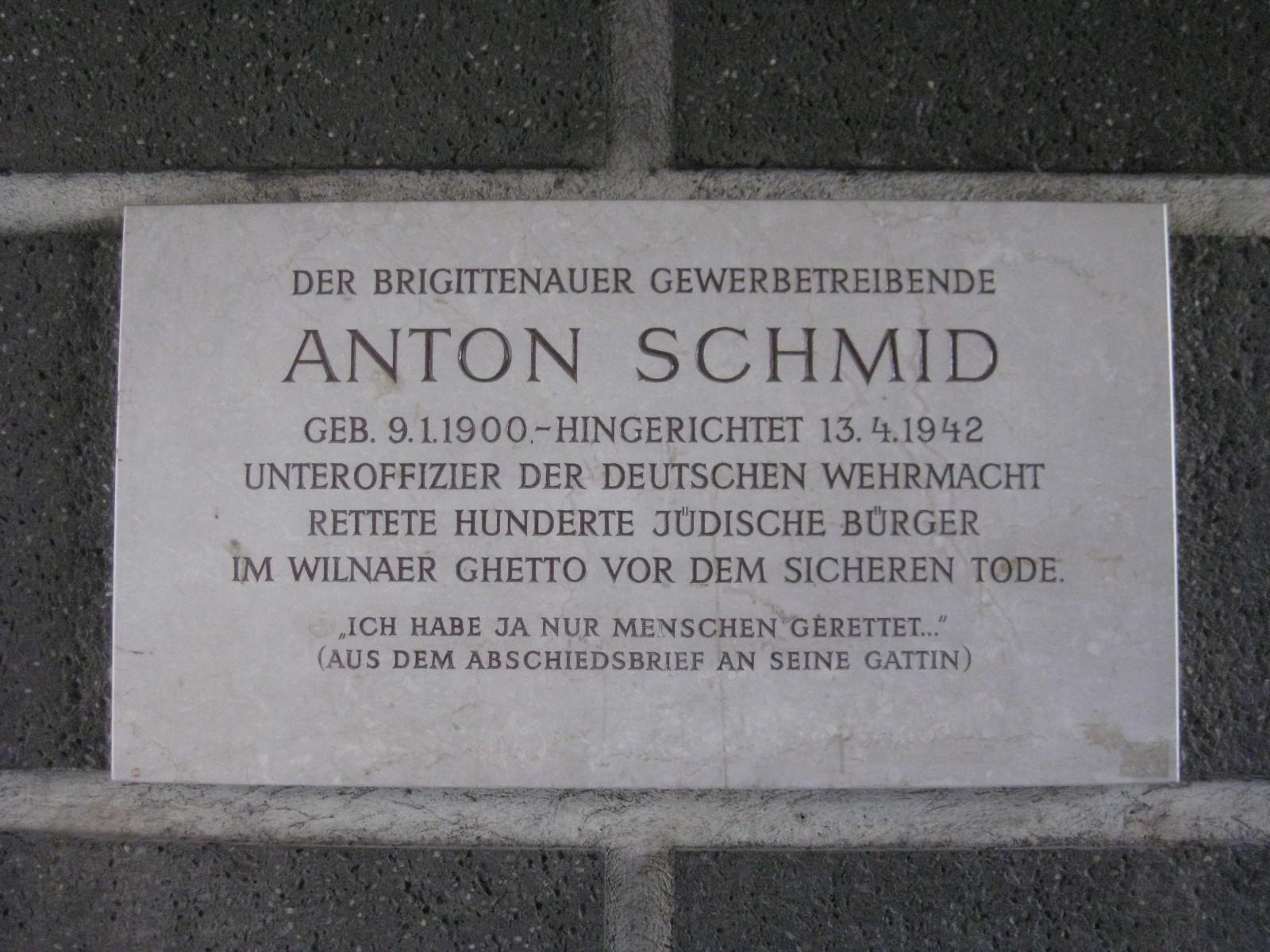 _Anton_Schmid-Hof