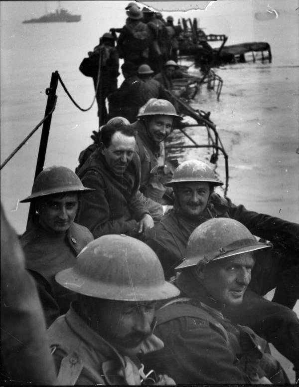 retreating-soldiers.jpg