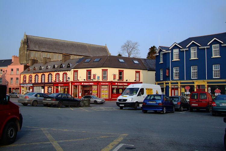 -The_Square.Castletownbere