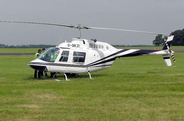 800px-Bell_206a_jetranger_g-bkzi_arp