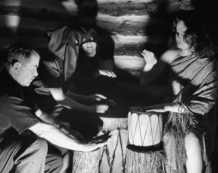 pounding-drums-voodoo-hitler