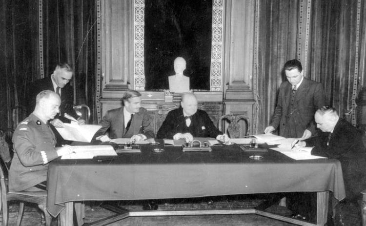 Sikorski-Mayski_1941_agreement