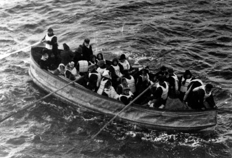 titanic-rescue