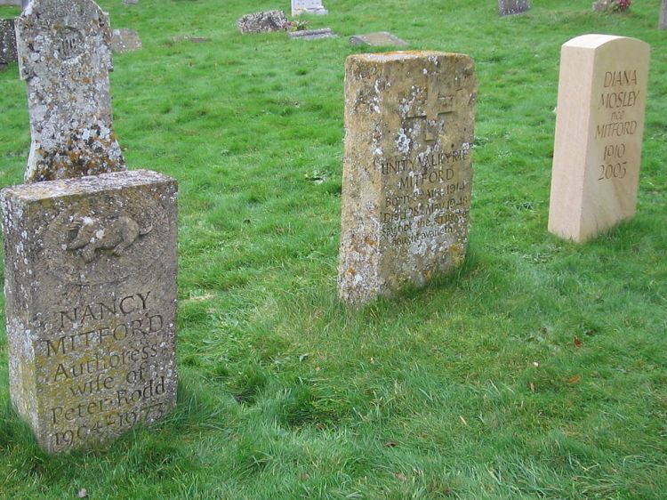 1024px-Nancy,_Unity_and_Diana_Mitford_gravestones_(Nancy)