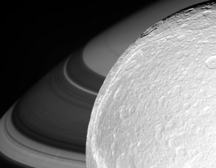 Approaching Dione on Oct. 11, 2005. (NASA/JPL-Caltech)