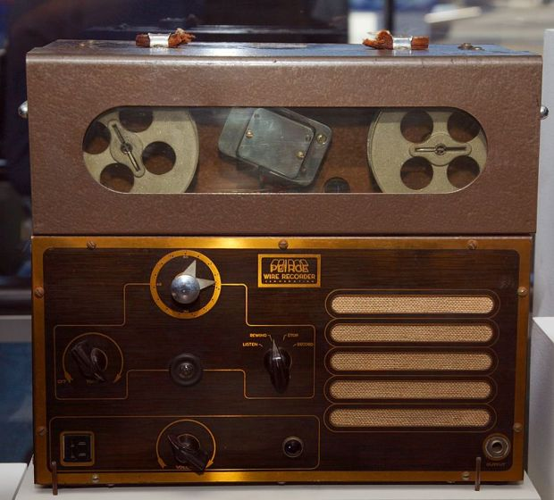 800px-Peirce_wire_recorder