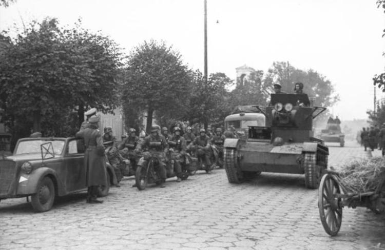 Polen, deutsch-sowjetische Siegesparade, Panzer