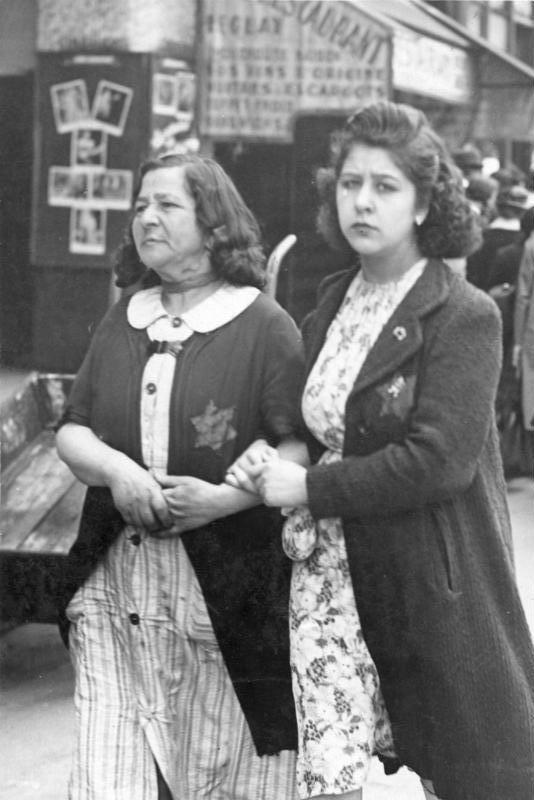 Paris, Jüdische Frauen mit Stern