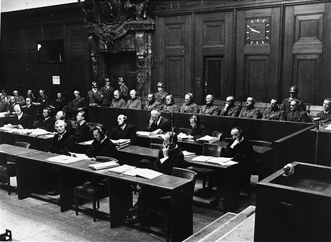 Defendants_in_the_dock_and_their_lawyers_during_Hostages_Trial_USHMM_16806