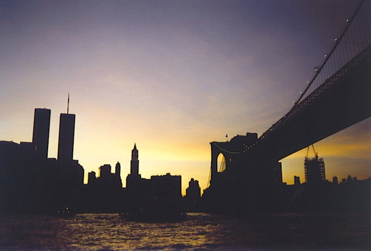 twin-towers-brooklyn-bridge