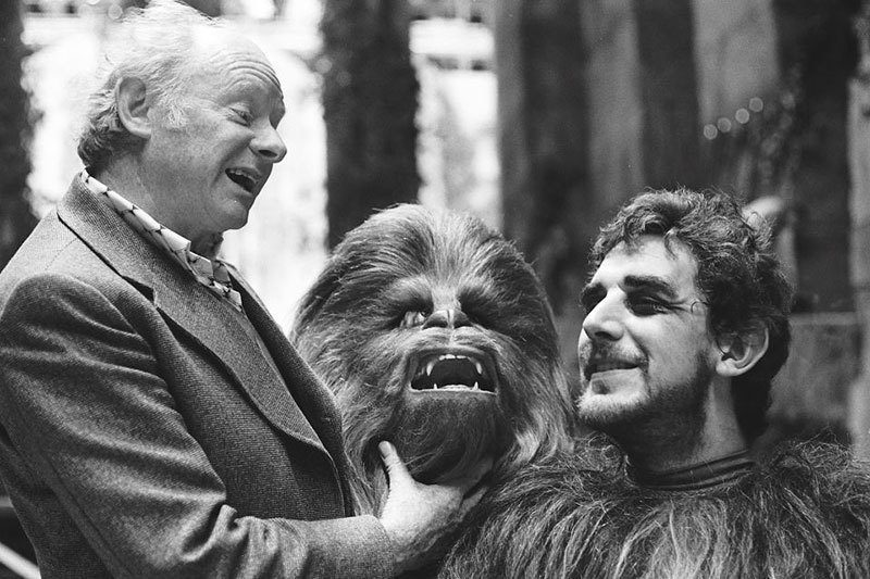 vintage-behind-the-scenes-star-wars-chewbacca