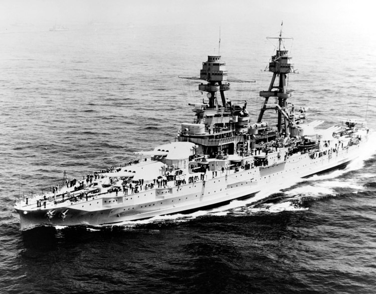 1148px-USS_Pennsy_BB-38_1934