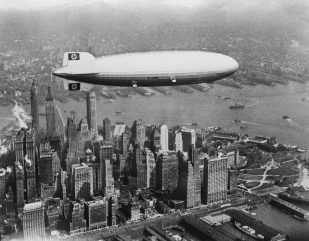 airship-over-skyline