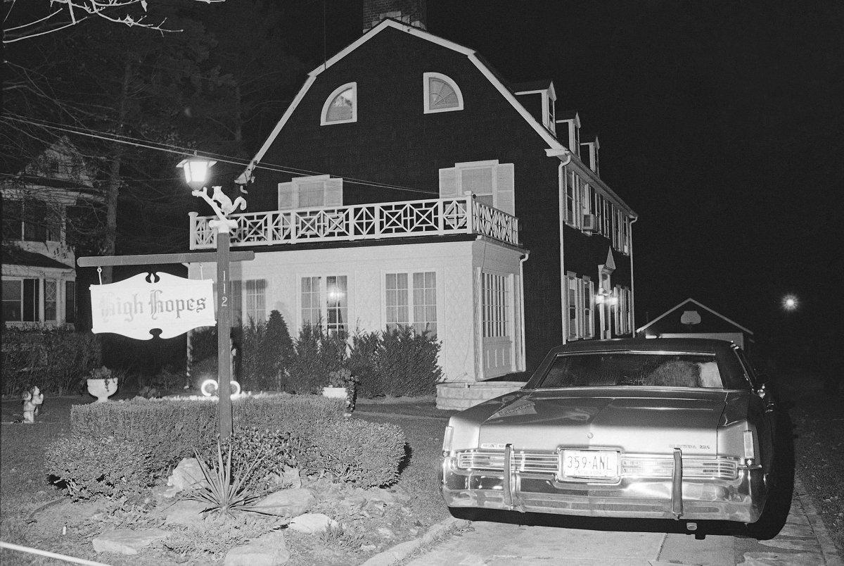 amityville-horror-house