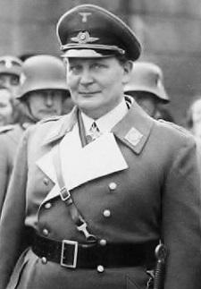 Bundesarchiv_Bild_102-15607,_Potsdam,_Göring