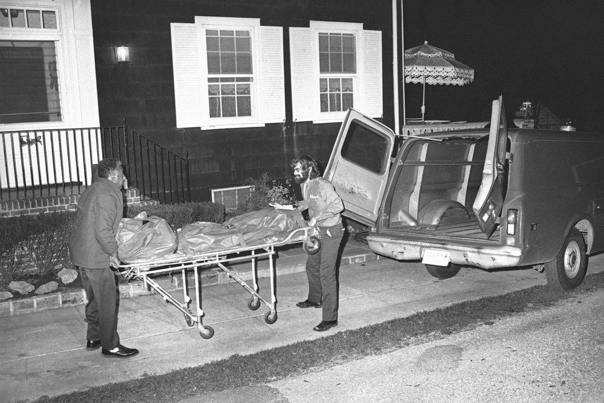 112 Ocean Avenue Amityville The Story Behind The Amityville Horror