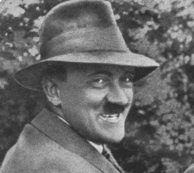 Stupid Hitler (2)