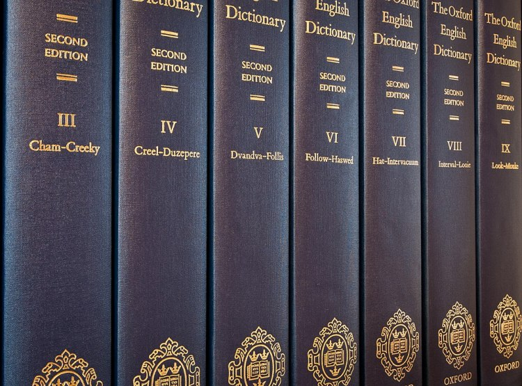 1024px-OED2_volumes