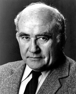 330px-Ed_Asner_-_1985
