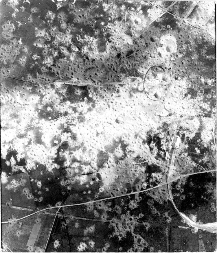 800px-Mimoyecques_bombing_4_August_1944