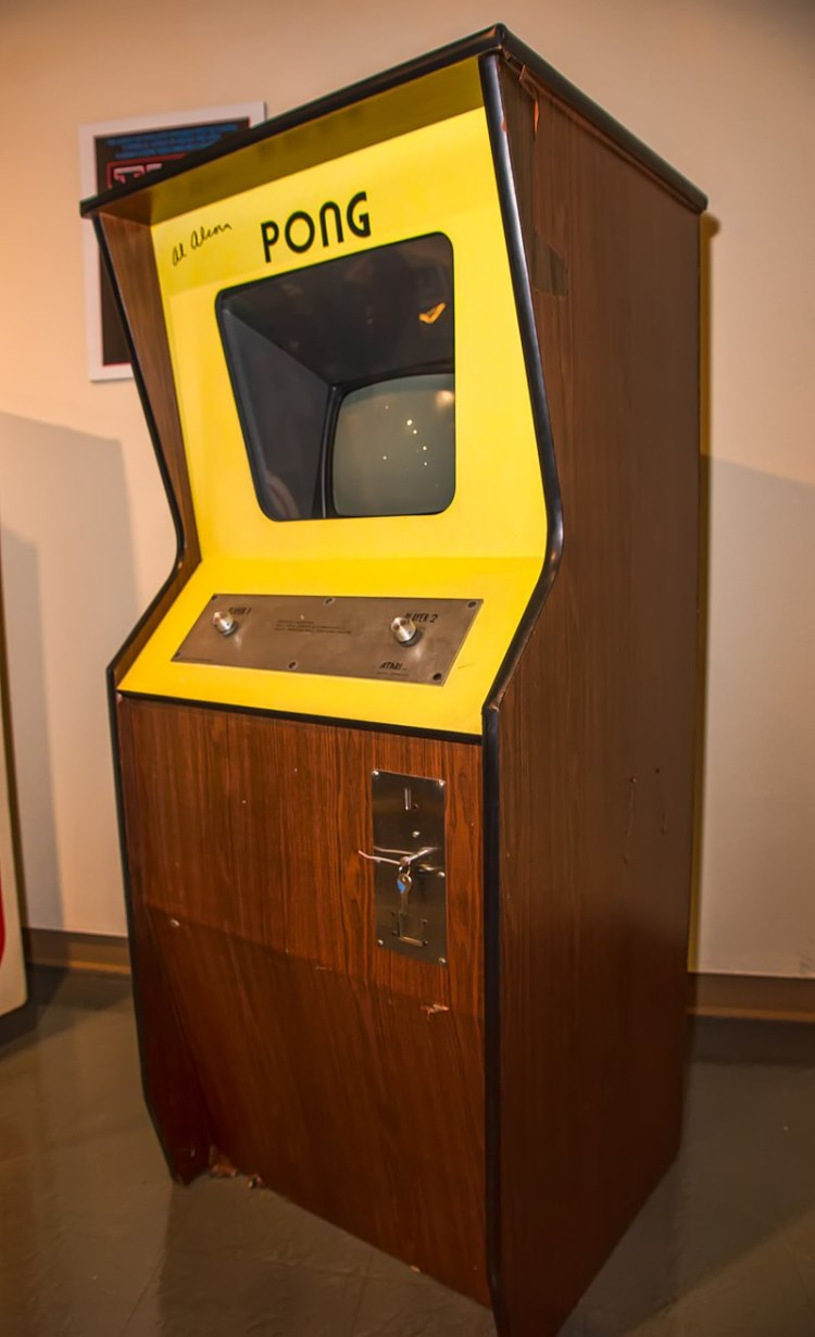 800px-Signed_Pong_Cabinet