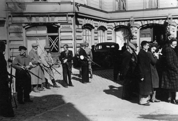 Libau, Zusammengetriebene Juden