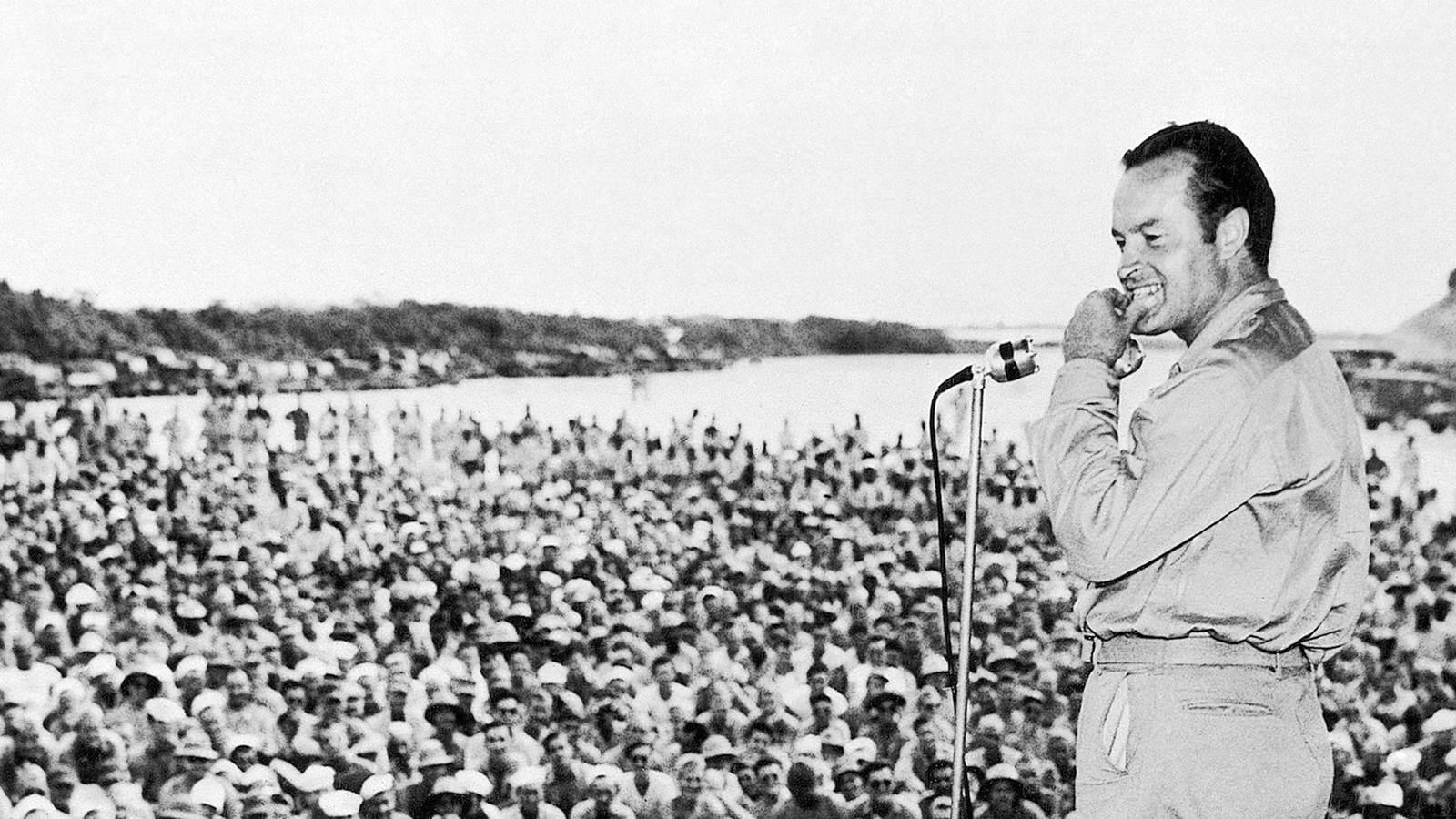 USO show, 1944